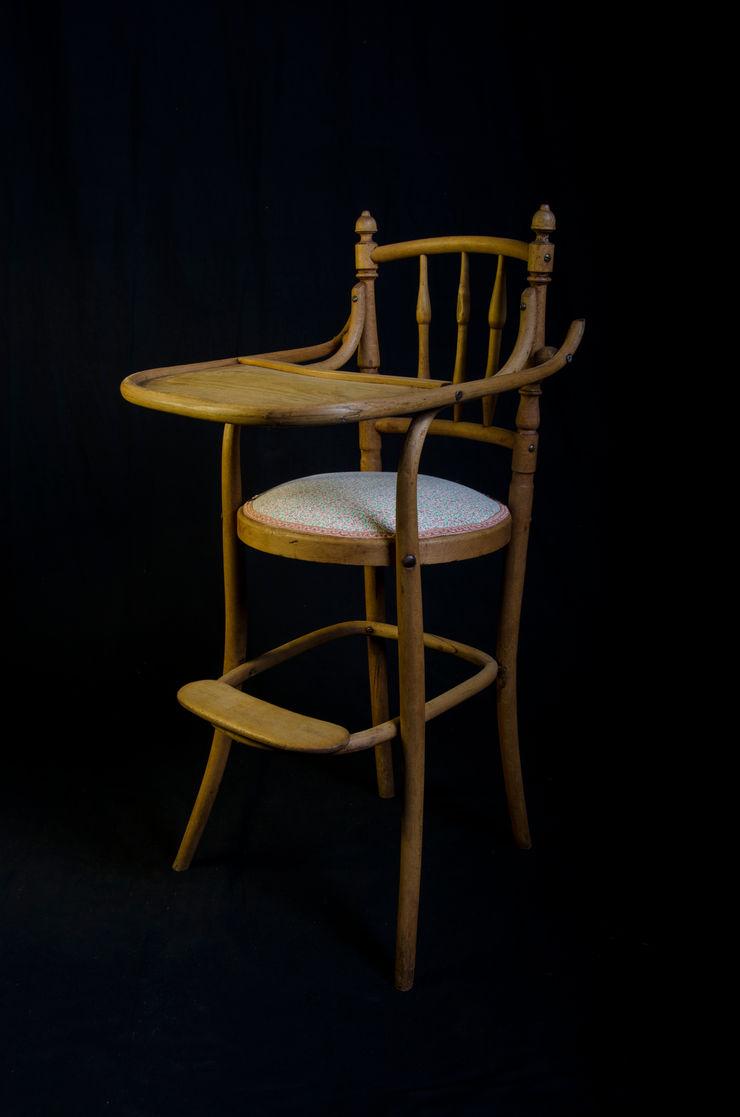 Trona antigua de madera Pablo Antigüedades CocinaMesas, sillas y bancos Madera
