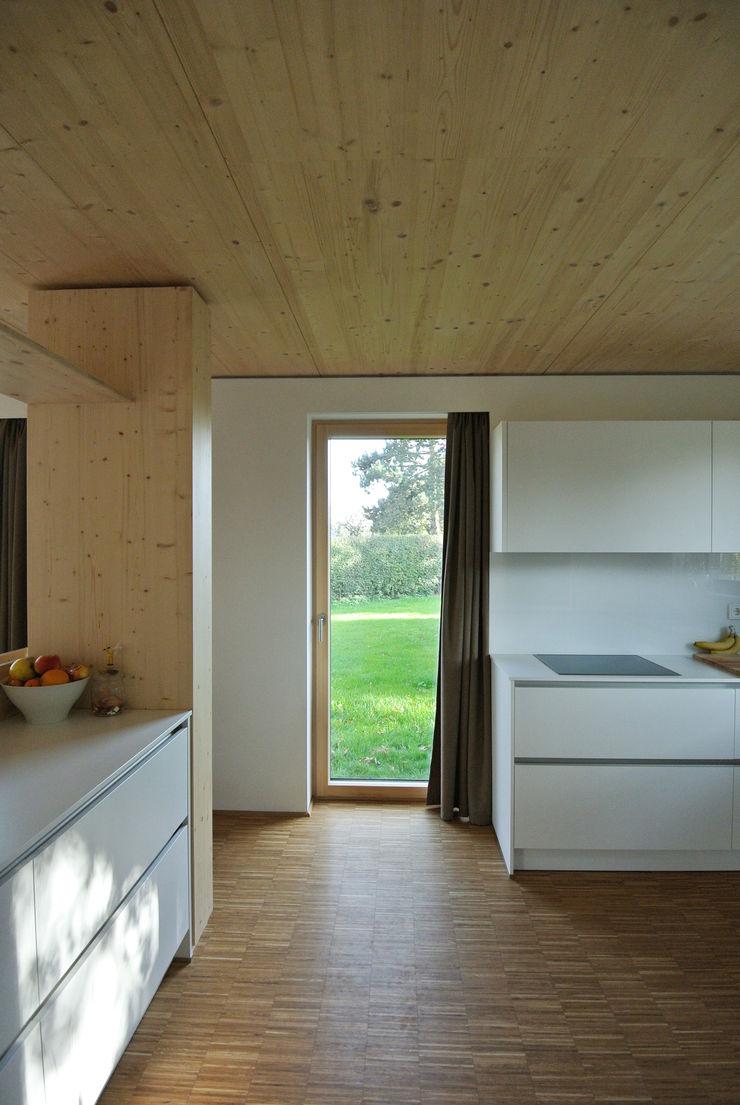 VS Volker Schmidt Architekten Modern Kitchen