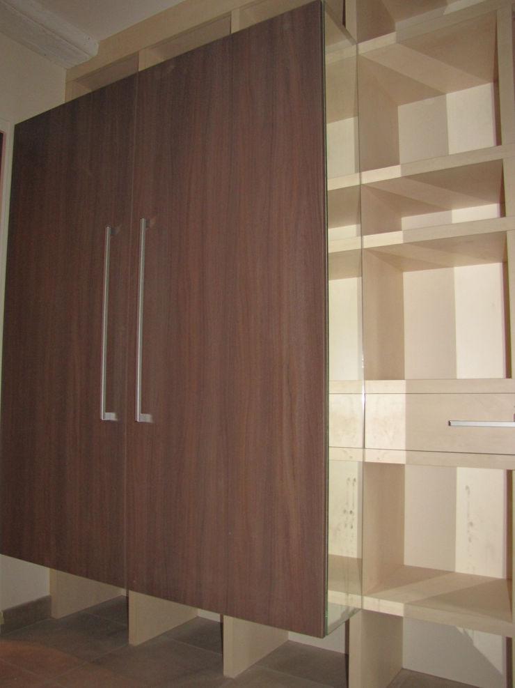 Kauri Architecture Vestíbulos, pasillos y escalerasCómodas y estanterías
