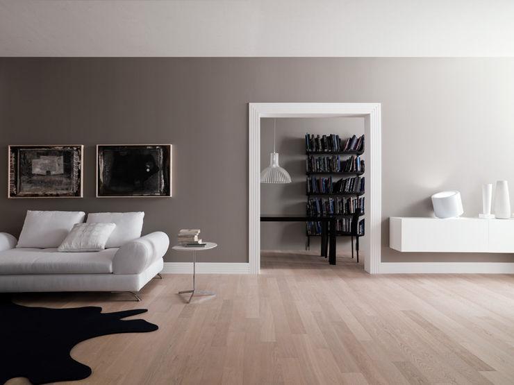 Skema: Works Skema Pareti & Pavimenti in stile moderno