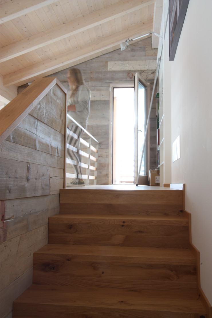 marco carlini architetto Moderner Flur, Diele & Treppenhaus
