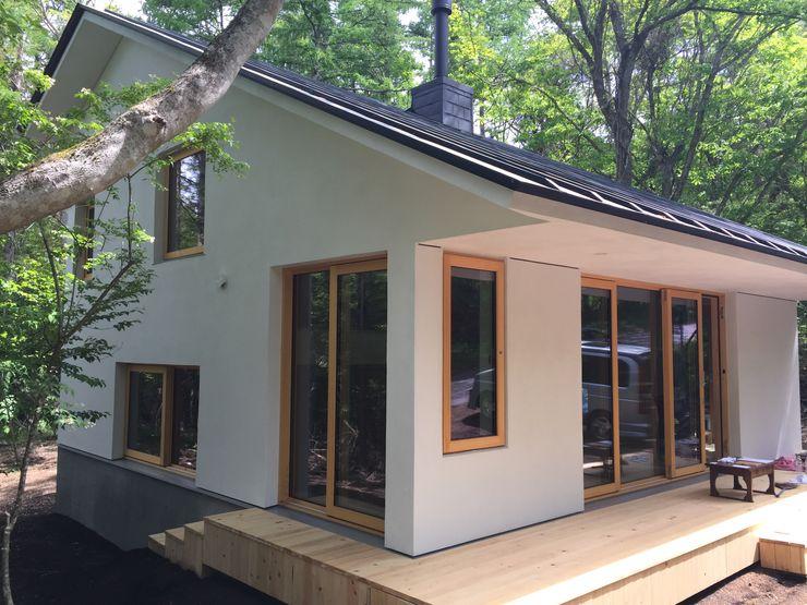 株式会社山崎屋木工製作所 Curationer事業部 Eclectic style houses
