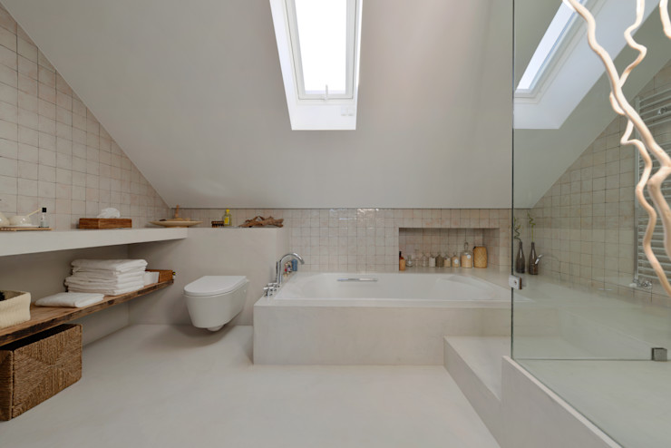 Ricardo Moreno Arquitectos Modern style bathrooms