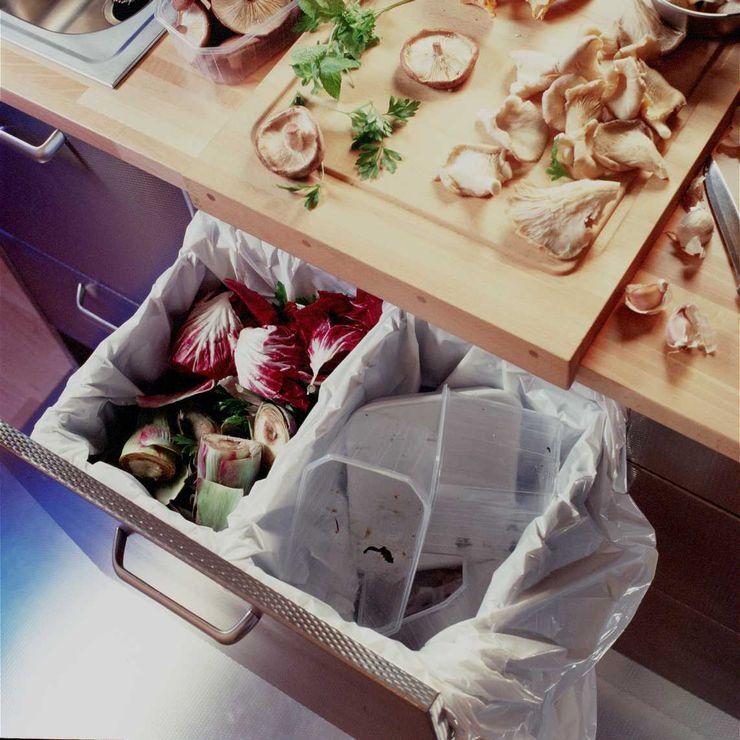 Cubos para la selección de residuos DEULONDER arquitectura domestica Cocinas modernas: Ideas, imágenes y decoración