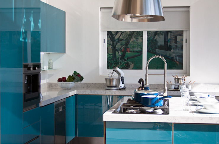 Avianda Kitchen Design Cucina moderna Vetro Blu