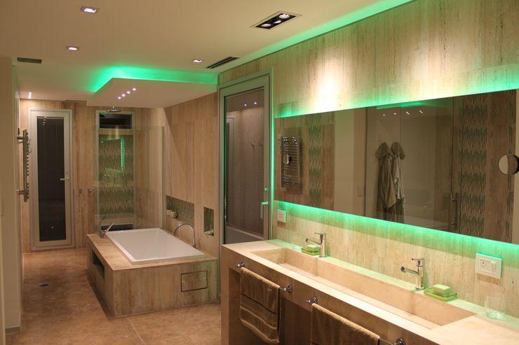 cm espacio & arquitectura srl Modern bathroom