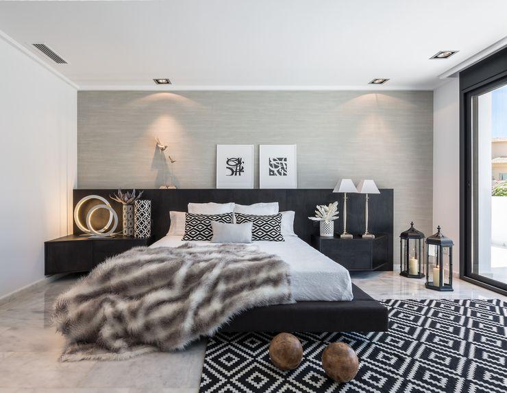 Laura Yerpes Estudio de Interiorismo Mediterranean style bedroom
