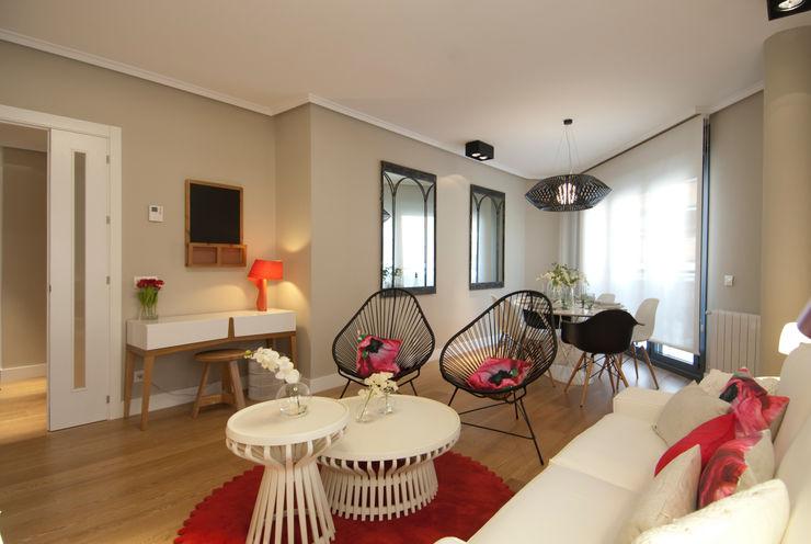 Proyecto de decoración de vivienda en Bilbao, Sube Susaeta Interiorismo - Sube Contract Sube Interiorismo Salones de estilo moderno Rojo