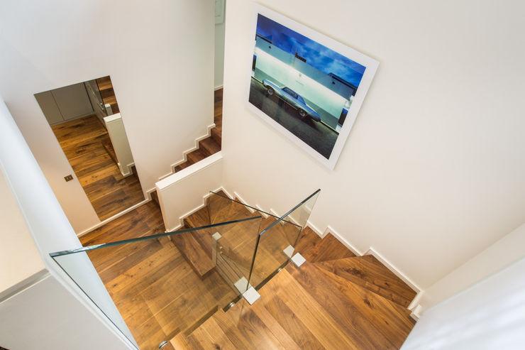 Aberdare Gardens, NW6 XUL Architecture Couloir, entrée, escaliers modernes