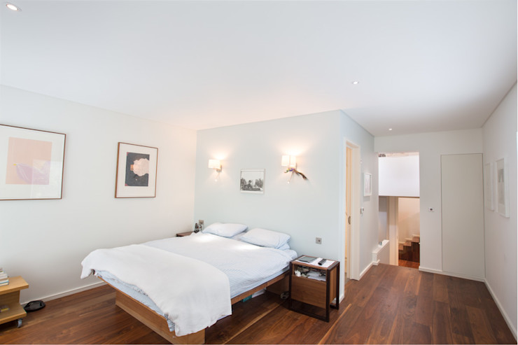 Aberdare Gardens, NW6 XUL Architecture Modern style bedroom White