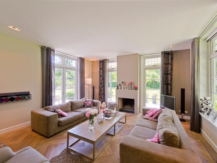 Friso Woudstra Architecten BNA B.V. Modern Living Room