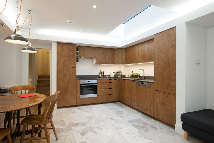 86 Pellarin Road ATOM BUILD LTD Modern Kitchen