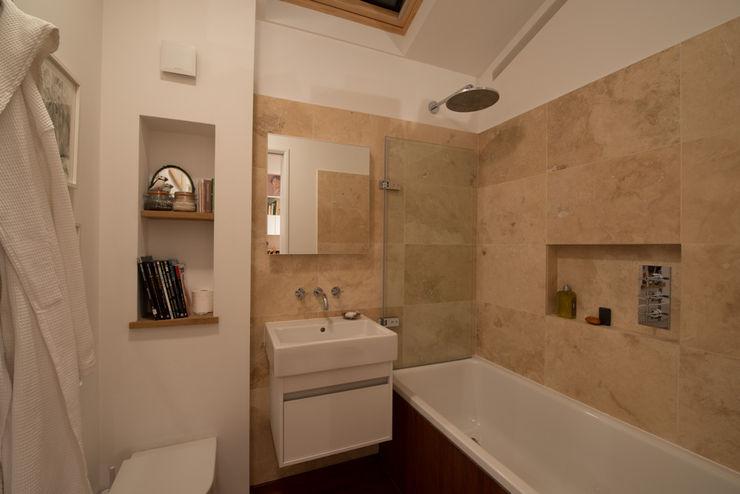 189 Richmond Road ATOM BUILD LTD Modern Bathroom