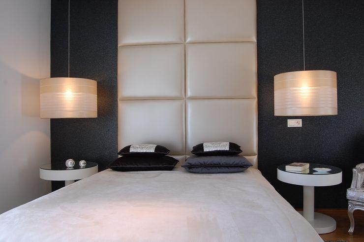 Critério Arquitectos by Canteiro de Sousa Eclectic style bedroom