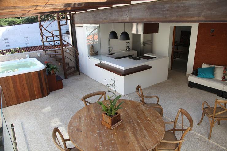 Materiais Naturais e Reciclados Ecoeficientes Varandas, alpendres e terraços modernos
