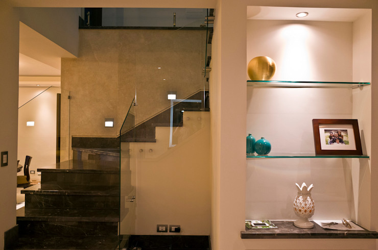 fc3arquitectura Modern corridor, hallway & stairs