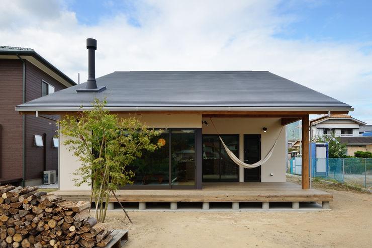 株式会社kotori Casas de estilo moderno