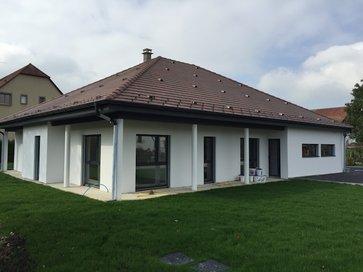 A.FUKE-PRIGENT ARCHITECTE سقف متعدد الميول