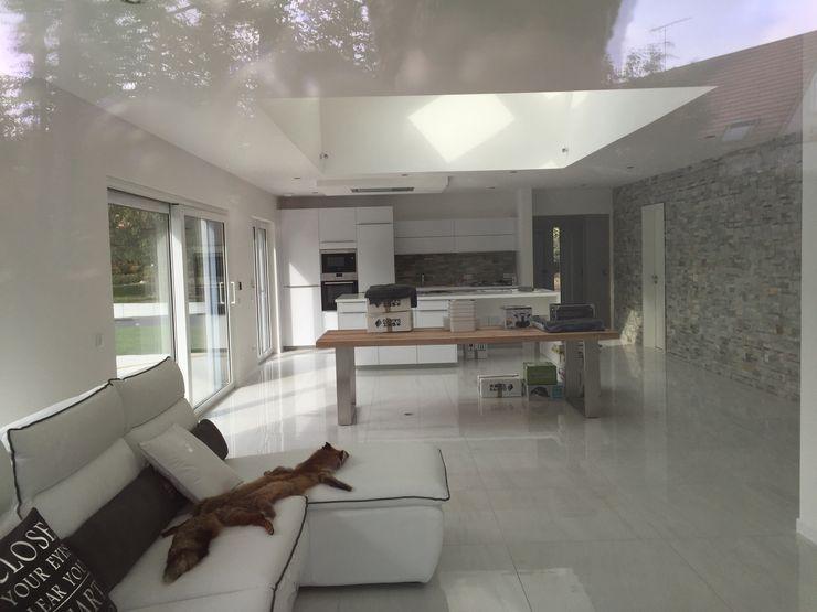 A.FUKE-PRIGENT ARCHITECTE غرفة المعيشة