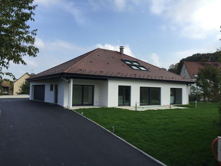 villa familiale à Hagenthal-le-Bas A.FUKE-PRIGENT ARCHITECTE Maisons classiques