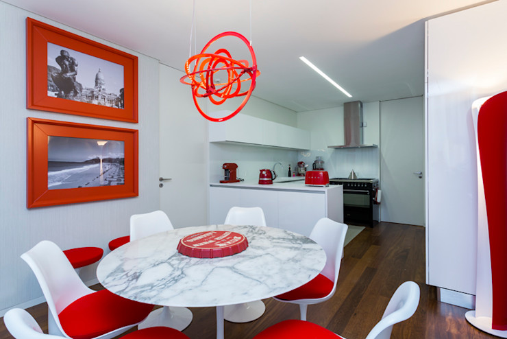 Atelier Susana Camelo Modern style kitchen Red