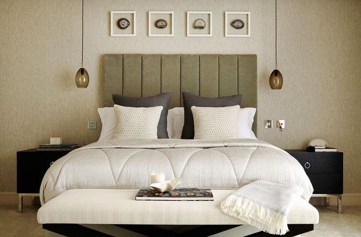 Master Bedroom homify BedroomBeds & headboards Beige