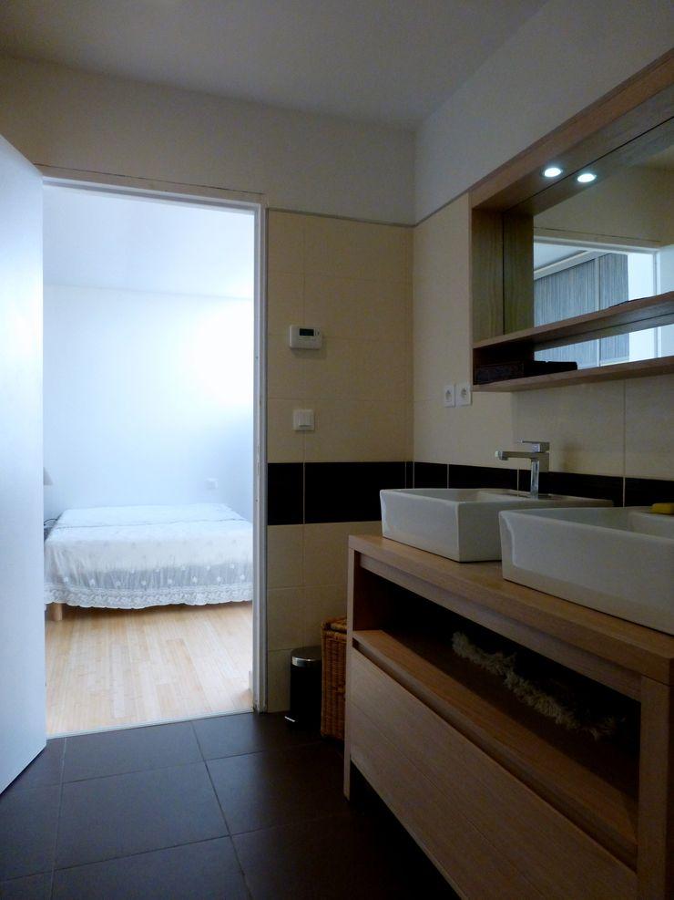 Un Loft à l'Orée du Bois AADD+ Salle de bain minimaliste