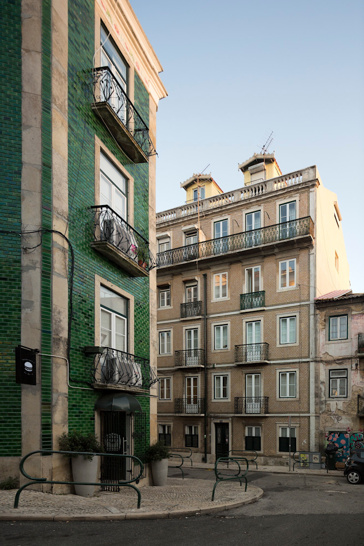 Príncipe real apartment lisbon fala Modern Houses