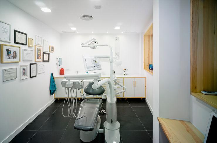 Ortho Estudio Klinik Minimalis