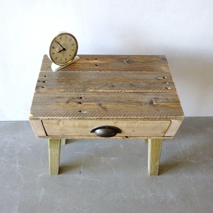 Pallet Bedside Table Piggledy Pallet Furniture SchlafzimmerNachttische Holz Holznachbildung