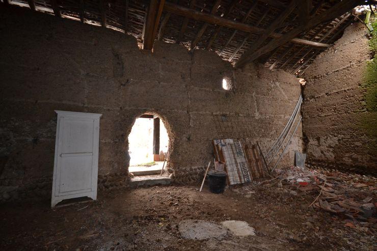Intérieur de la grange avant travaux KREA Koncept Maisons originales