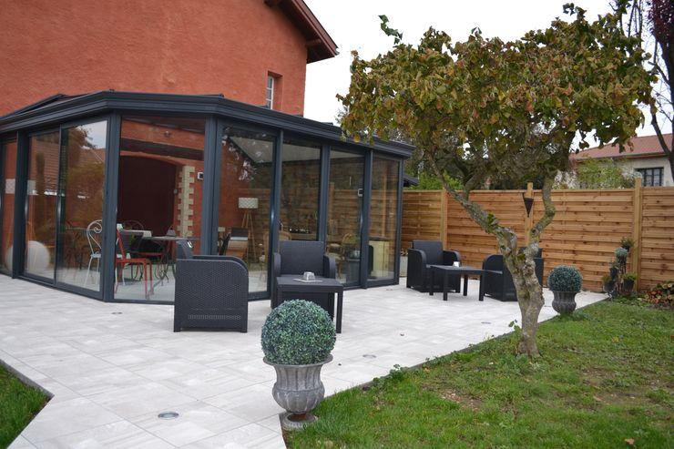 Création d'une véranda face Est de l'habitation principale KREA Koncept Balcon, Veranda & Terrasse originaux