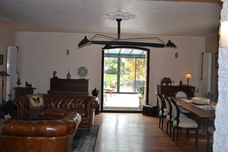 Aménagement d'espaces et décoration d'intérieur pour une maison d'Hôtes KREA Koncept Salle à manger originale