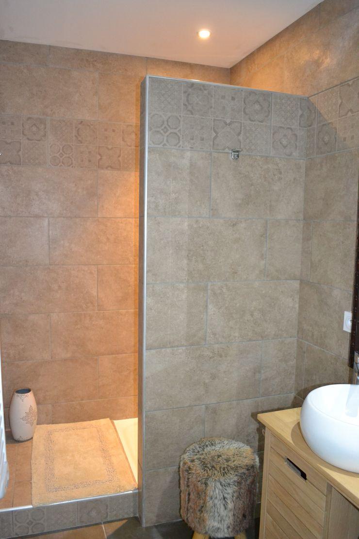 Salle d'eau chambre Néo-scandinave KREA Koncept Salle de bain originale