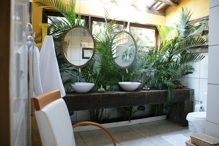 Daniela Zuffo Arquitetura e Interiores Rustic style bathrooms