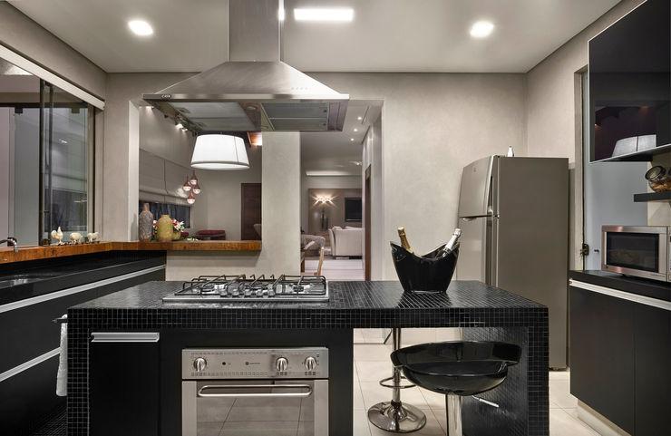 Isabela Canaan Arquitetos e Associados Cocinas de estilo moderno