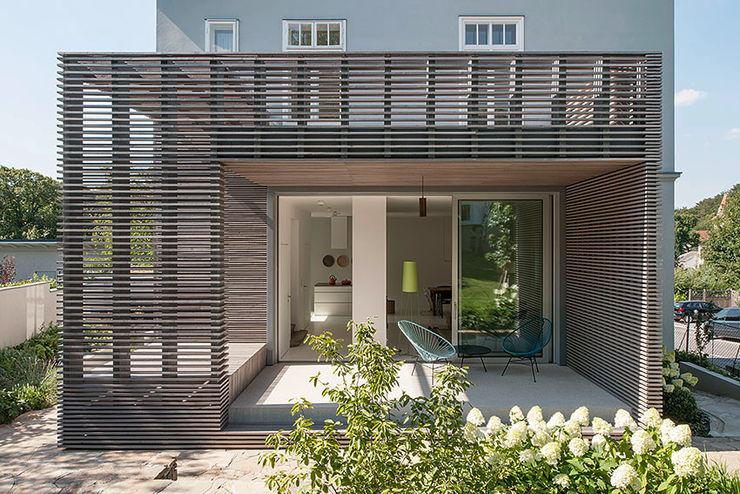 Sanierung Jugendstilvilla in Perchtoldsdorf illiz architektur Wien Zürich Classic style houses