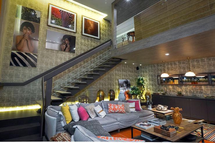 Loft Sustentável - Ambiente CASA COR SC 2015 Spengler Decor Corredores, halls e escadas modernos