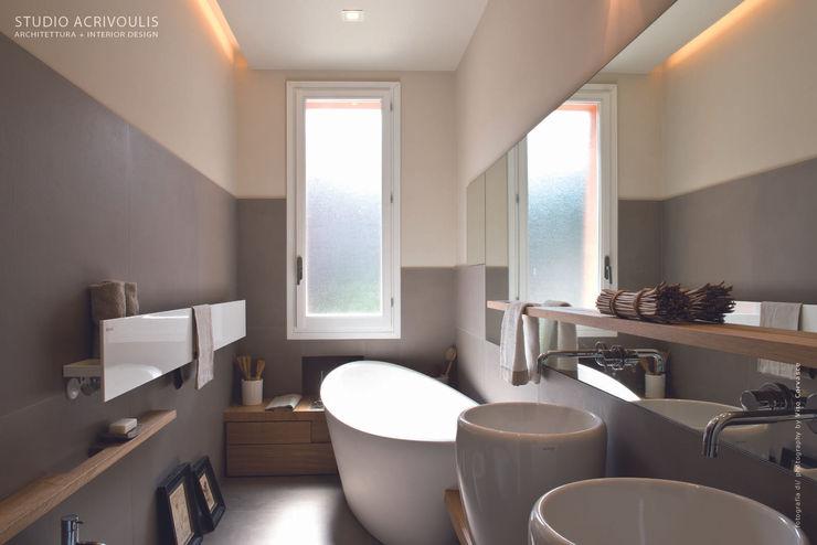 Memorie Disegnate STUDIO ACRIVOULIS Architettra + Interior Design Bagno moderno