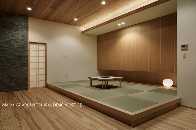 040軽井沢Cさんの家(増築) atelier137 ARCHITECTURAL DESIGN OFFICE モダンデザインの リビング