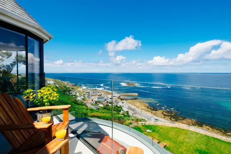 Gwel an Treth Perfect Stays Balkon, Beranda & Teras Modern