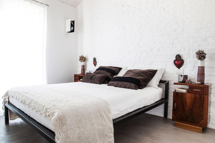 Casa Vitelli Ossigeno Architettura Camera da letto in stile mediterraneo