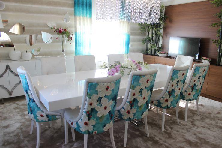 Andreia Louraço - Designer de Interiores (Email: andreialouraco@gmail.com) Comedores de estilo moderno Derivados de madera Beige