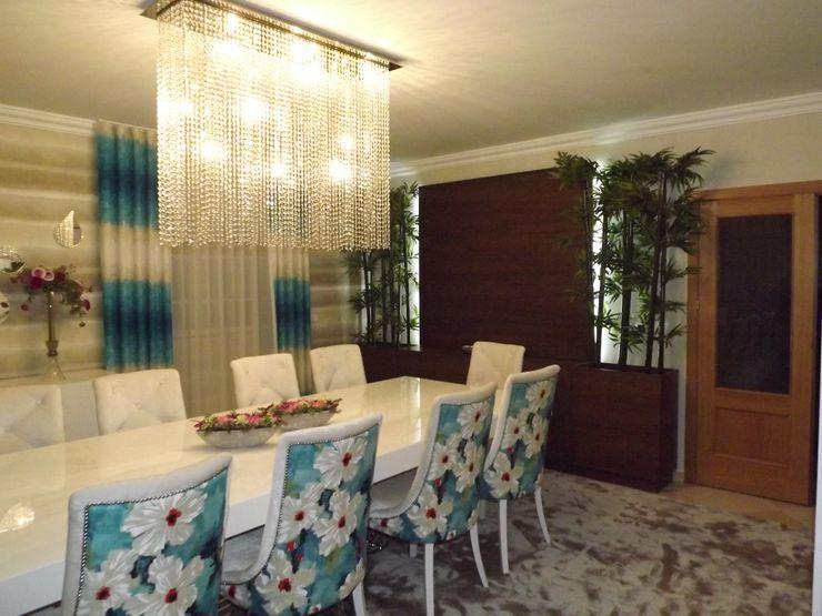 Andreia Louraço - Designer de Interiores (Email: andreialouraco@gmail.com) Comedores de estilo moderno Derivados de madera Azul