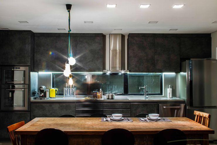 cunha² arquitetura Cocinas de estilo minimalista Tablero DM Gris
