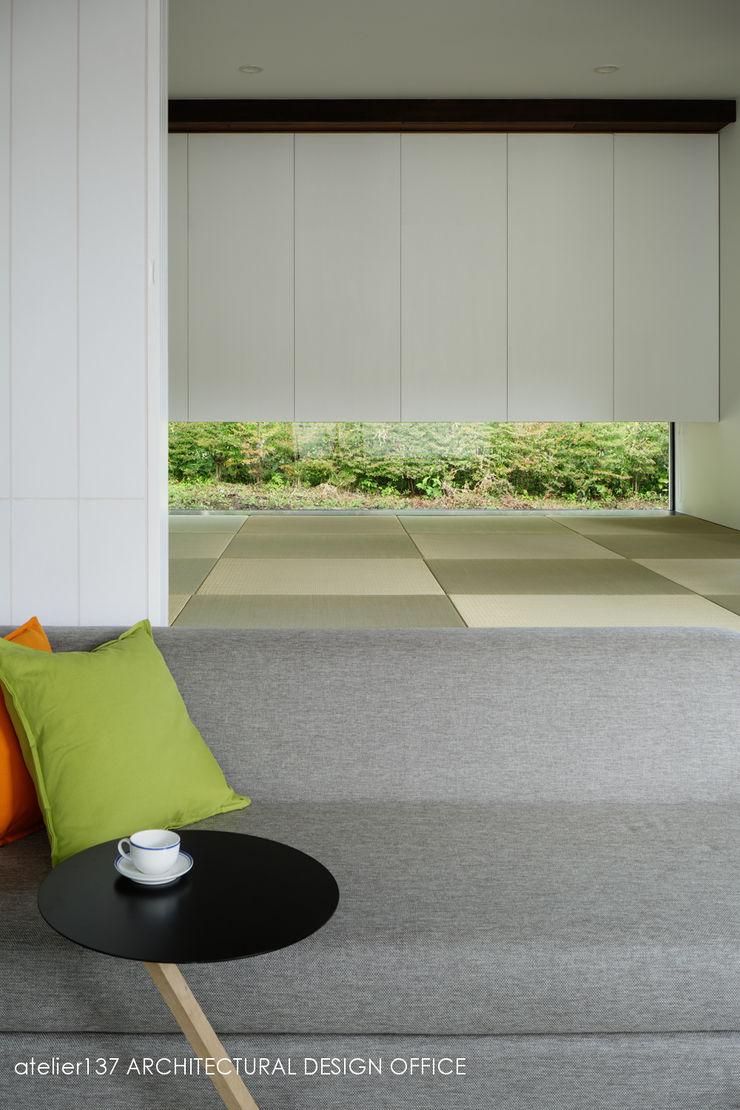 和室~037軽井沢 I さんの家 atelier137 ARCHITECTURAL DESIGN OFFICE 和風の 寝室