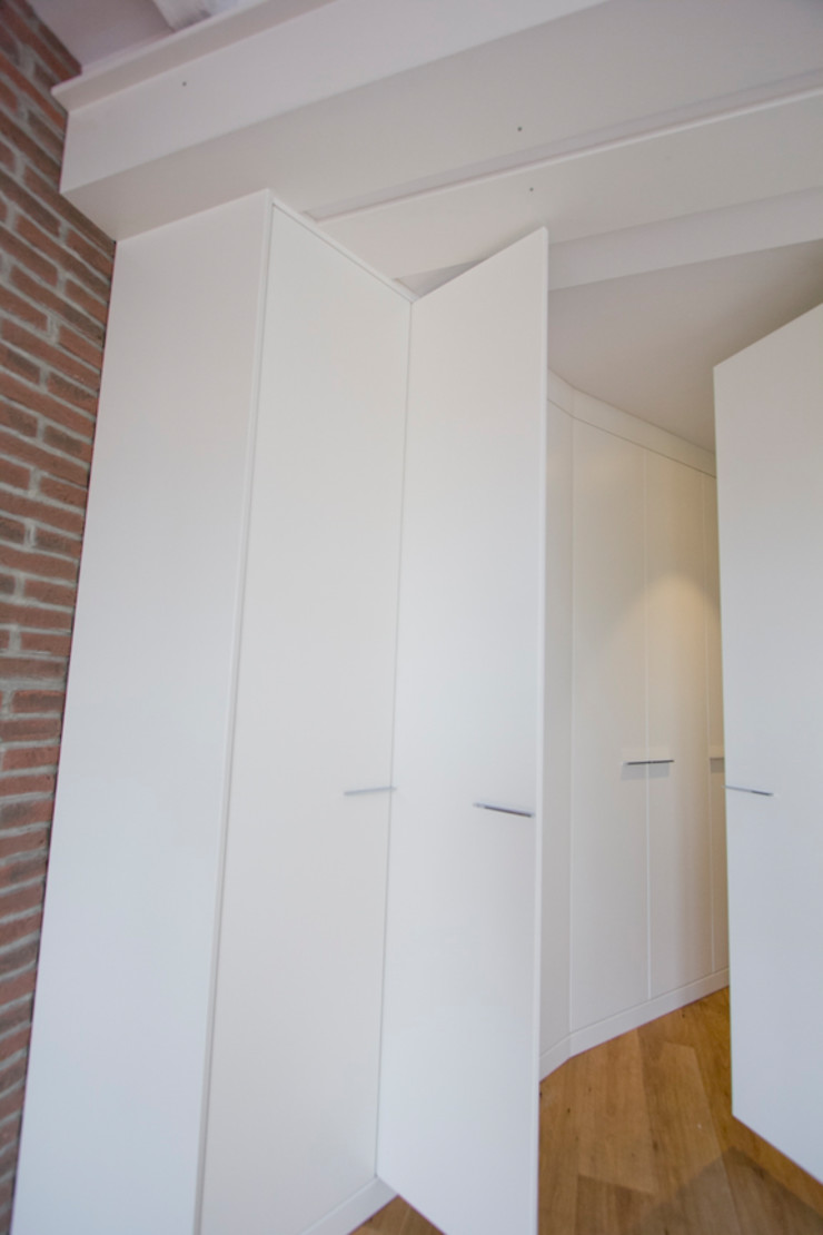 Bocetto Interiorismo y Construcción Industrial style dressing room