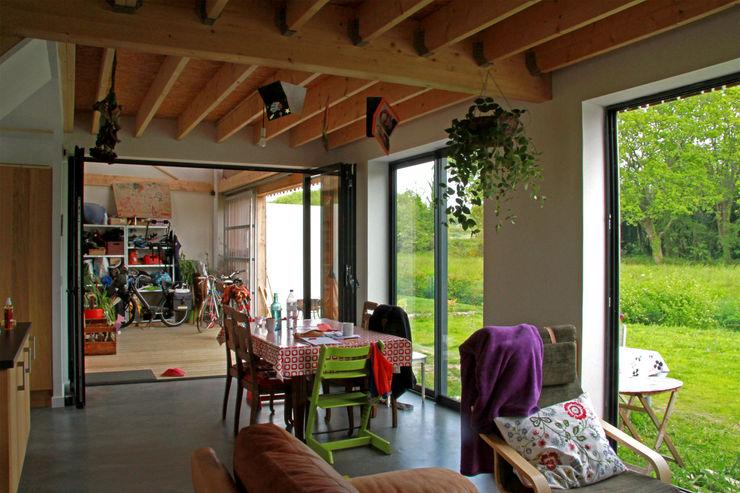 Mini/Maxi LAUS architectes Salon rural