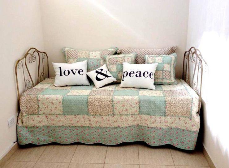 Hierros del dorado Living roomSofas & armchairs