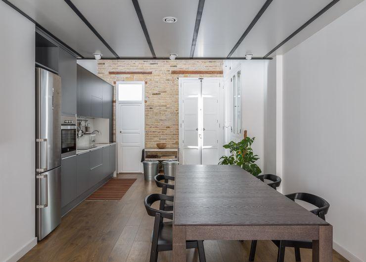 amBau Gestion y Proyectos Moderne Häuser